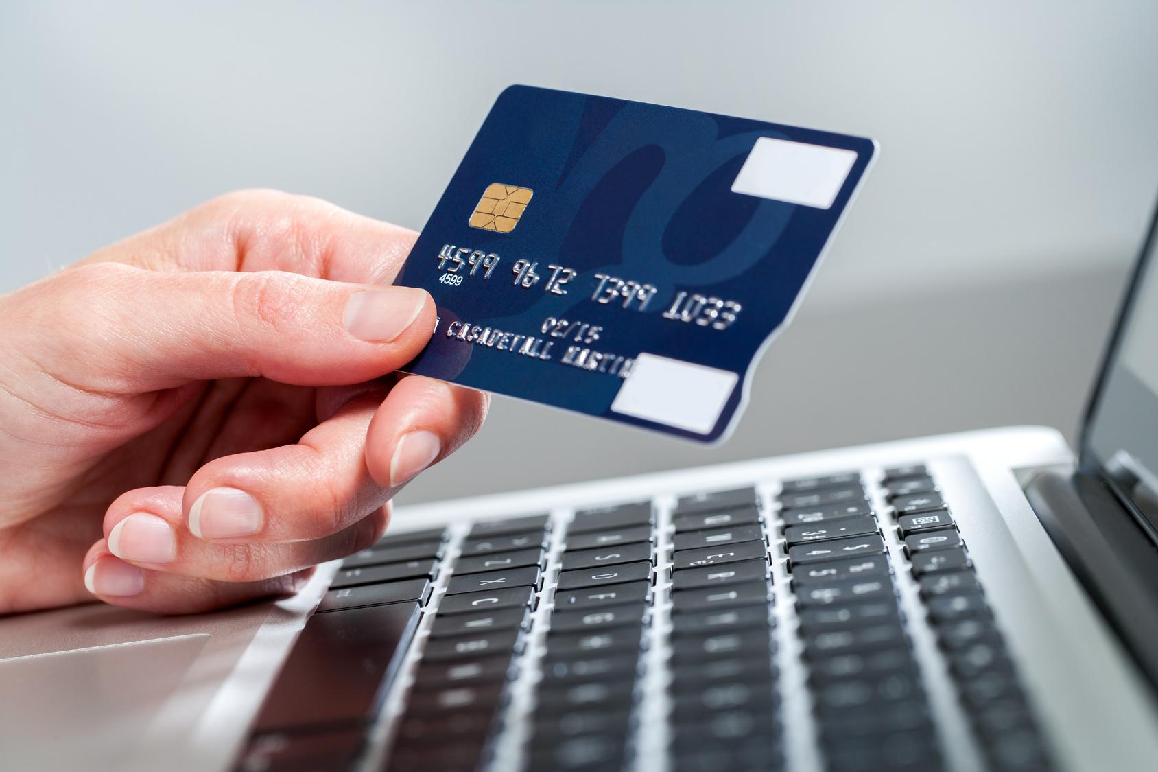 Kredi Kartı İle Yatırım Alan Bahis Siteleri